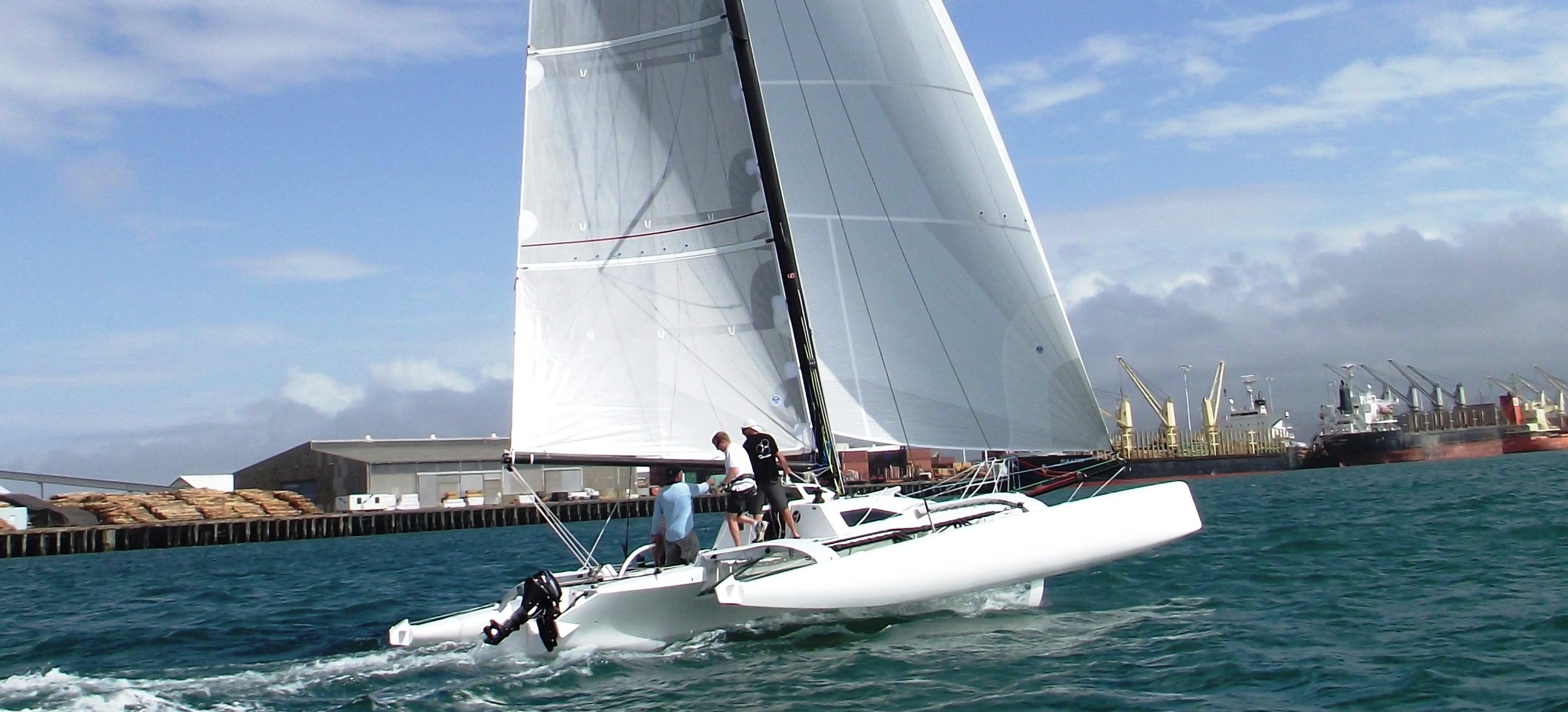 Performance Multi-Hulls